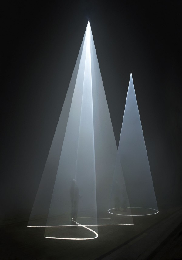 Solid Light Films by Anthony McCall (5)