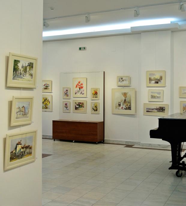 Corneliu-Dragan-Targoviste-Galeria-Calea-Victoriei-33-Ofranda-luminii-33