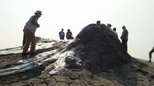 Resize of 30 Pantofar escaladand vulcanii noroiosi