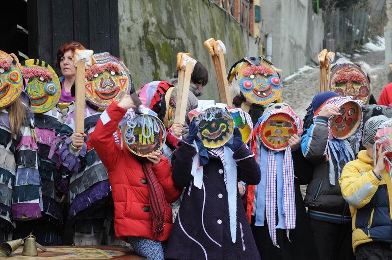carnavalul lolelor - sighisoara foto lucian muntean _9436