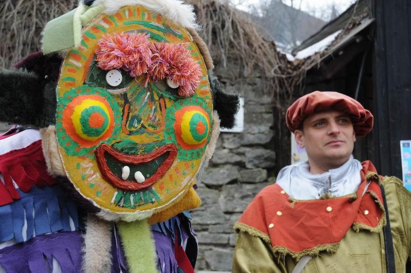 carnavalul lolelor - sighisoara foto lucian muntean _9439