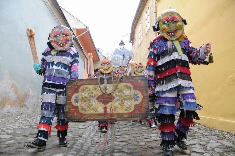 carnavalul lolelor - sighisoara foto lucian muntean _9449