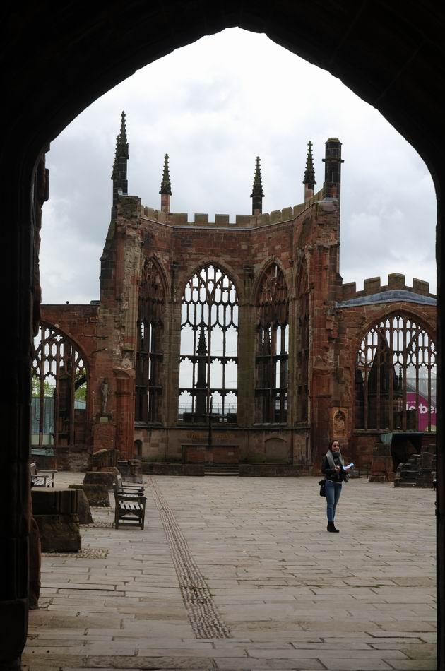 Coventry Cathedral UK - pfoto Lucian Muntean 03