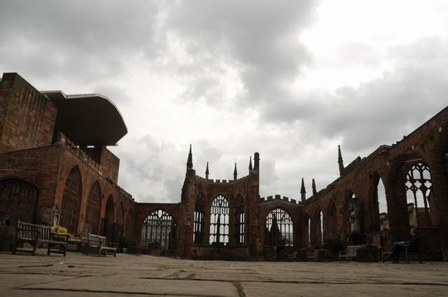 Coventry Cathedral UK - pfoto Lucian Muntean 04