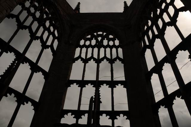Coventry Cathedral UK - pfoto Lucian Muntean 13