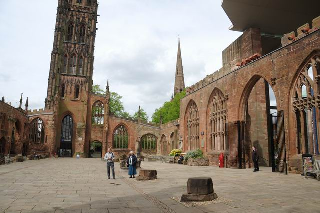 Coventry Cathedral UK - pfoto Lucian Muntean 15