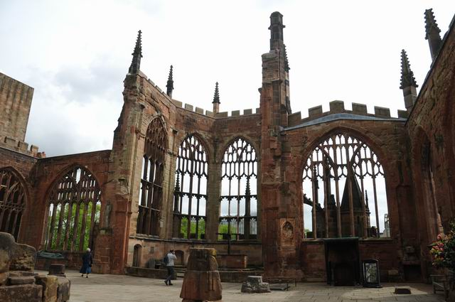 Coventry Cathedral UK - pfoto Lucian Muntean 16
