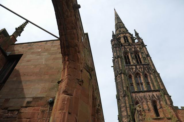 Coventry Cathedral UK - pfoto Lucian Muntean 18