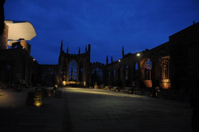 Coventry Cathedral UK - pfoto Lucian Muntean 26