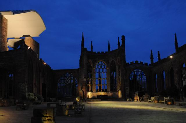 Coventry Cathedral UK - pfoto Lucian Muntean 28
