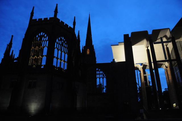 Coventry Cathedral UK - pfoto Lucian Muntean 31
