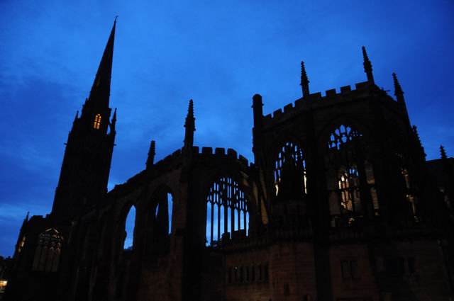Coventry Cathedral UK - pfoto Lucian Muntean 32