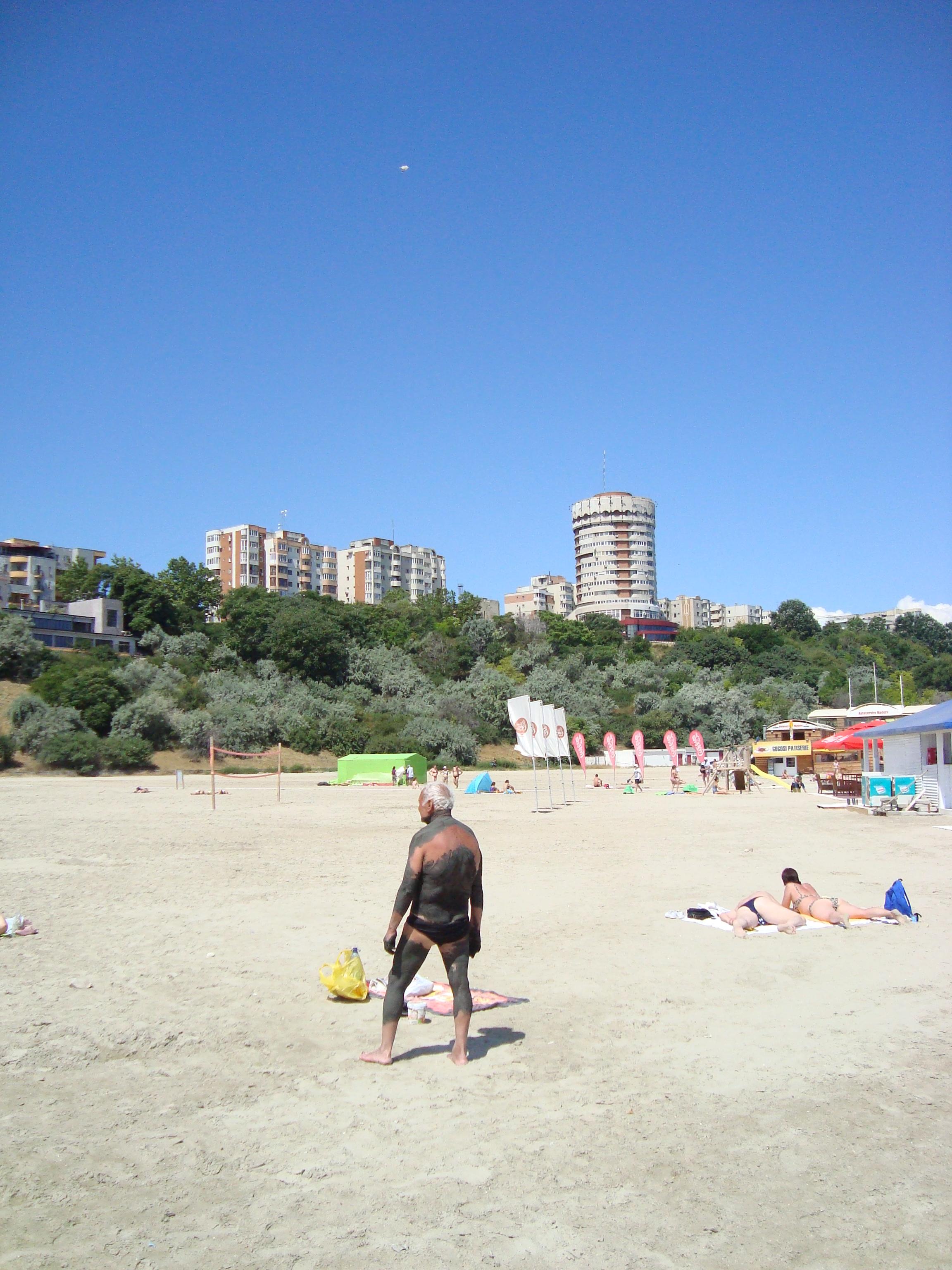 1 Pe plaja din Constanta, la fel ca altadata