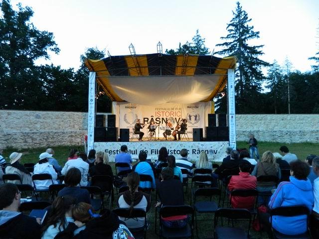 Resize of Concert de coarde in Cetate