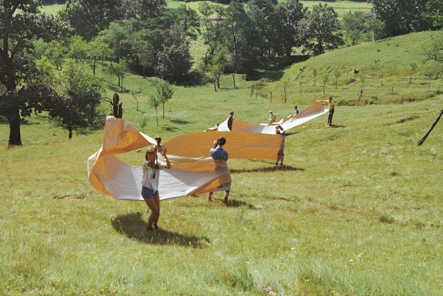 Flondor cu elevii liceului de arte Gurahont 1981