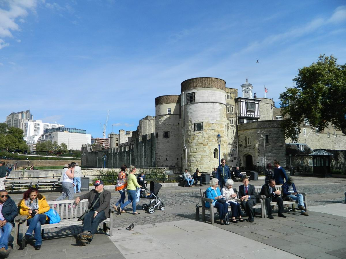 Resize of 12 La soare intre Tamisa si Tower of London