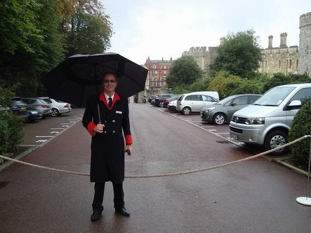 Resize of 23bis Impecabili supraveghetori ai castelului Windsor