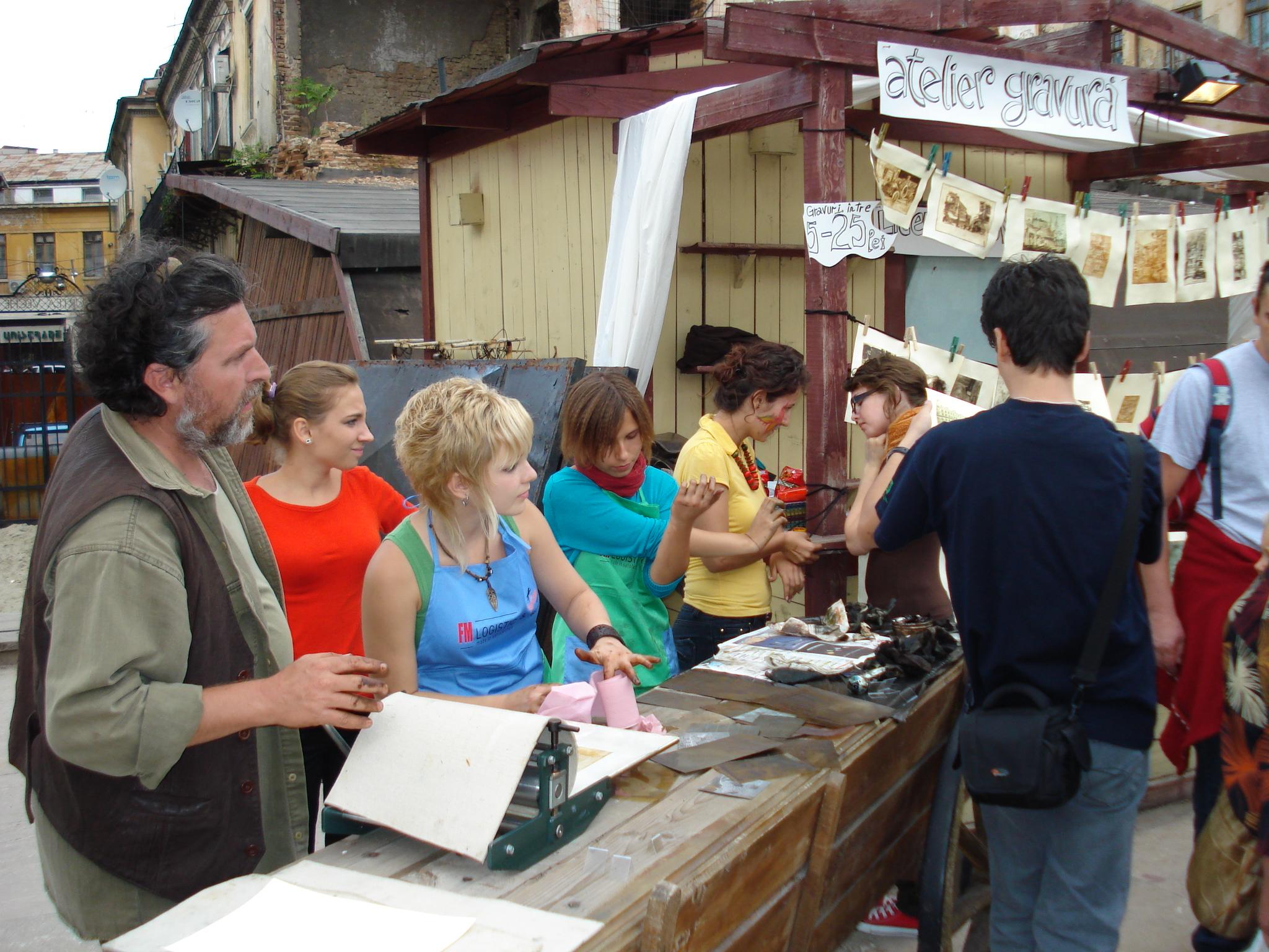 1 Atelier de gravura in aer liber la Targul Bucurestilor din 2008