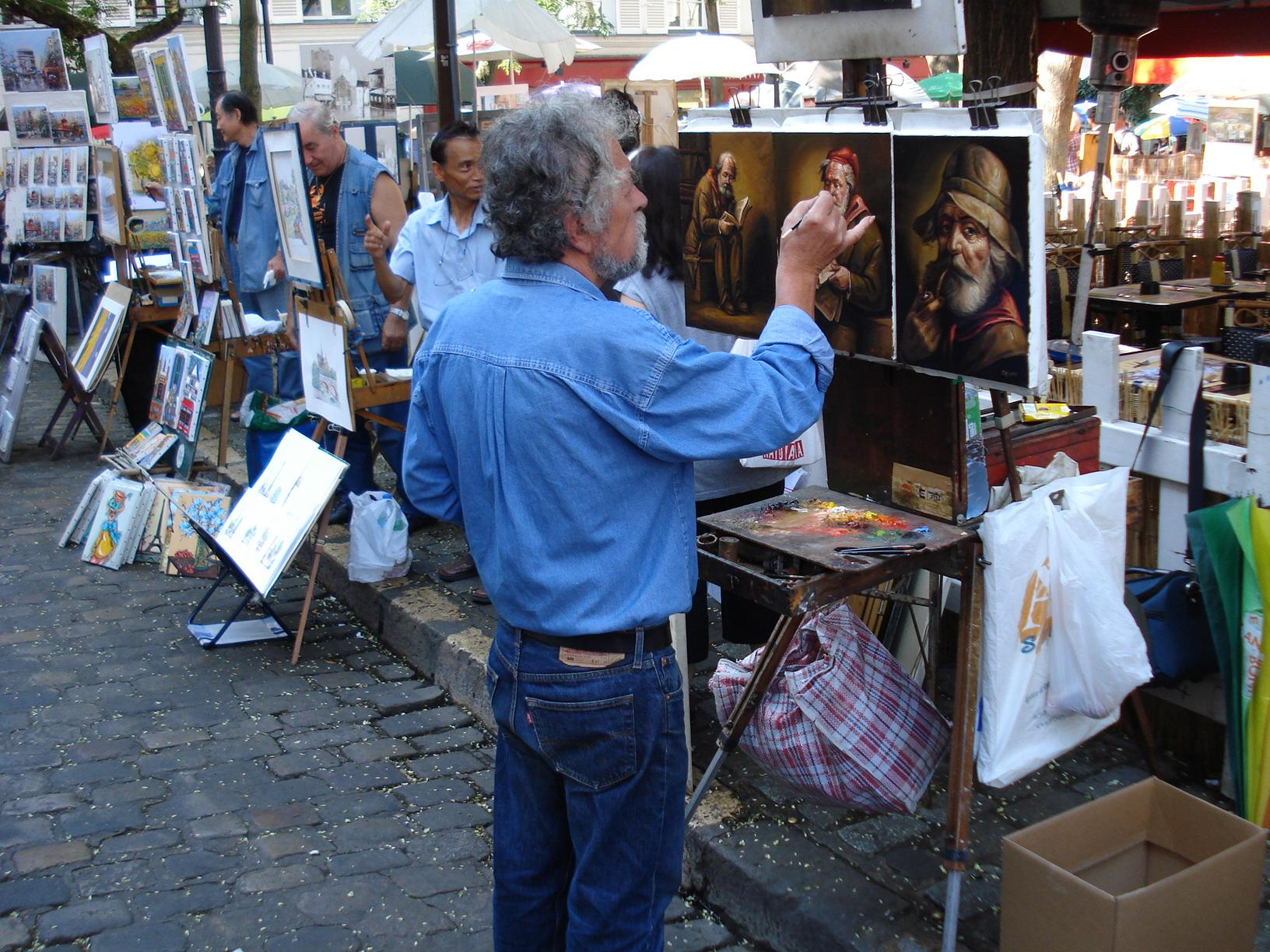 4 Unul din zecii artisti plastici din Place de Tertre la Paris