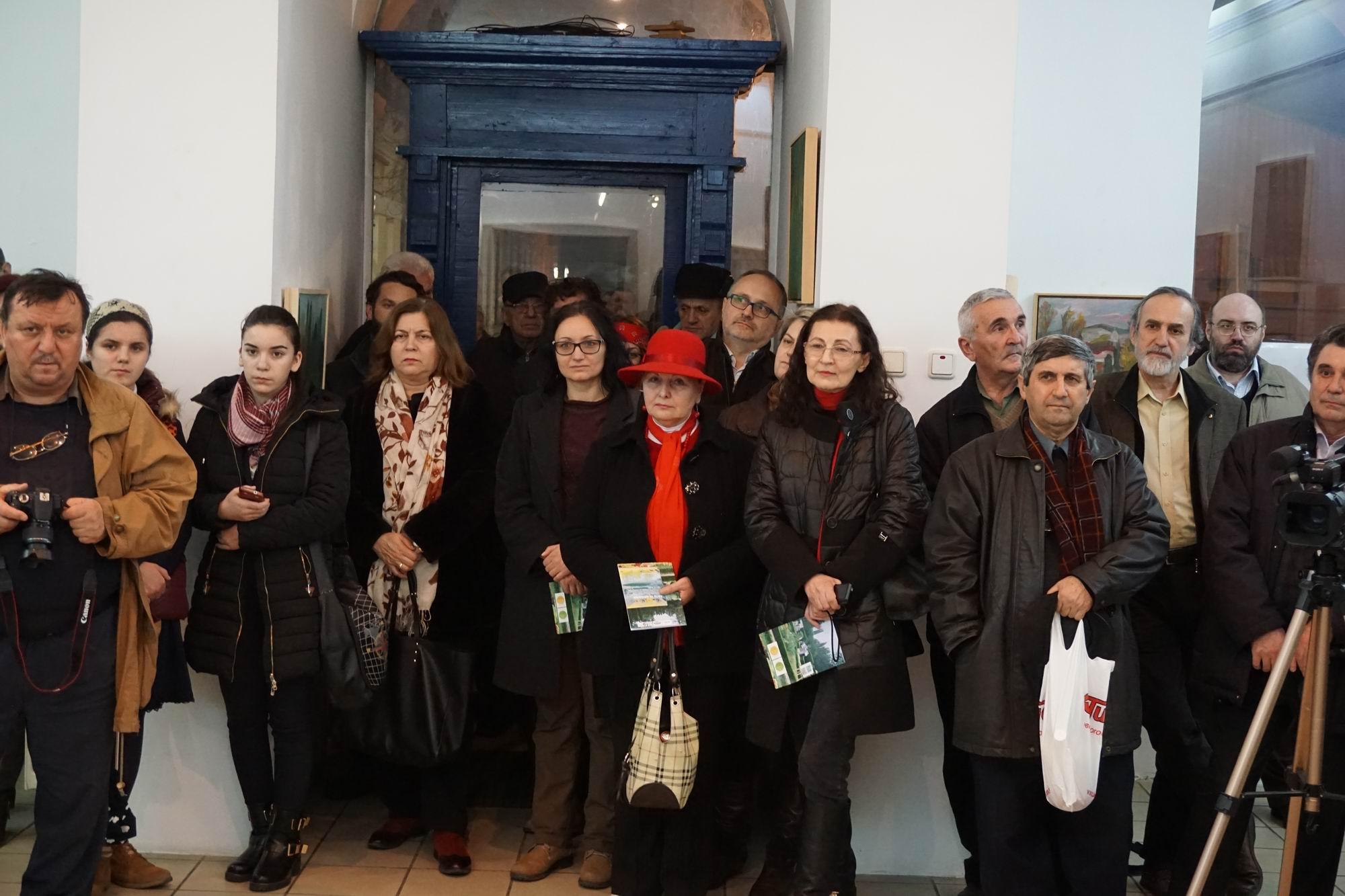 arta in gradina - expo bistrita - foto radu serban 021