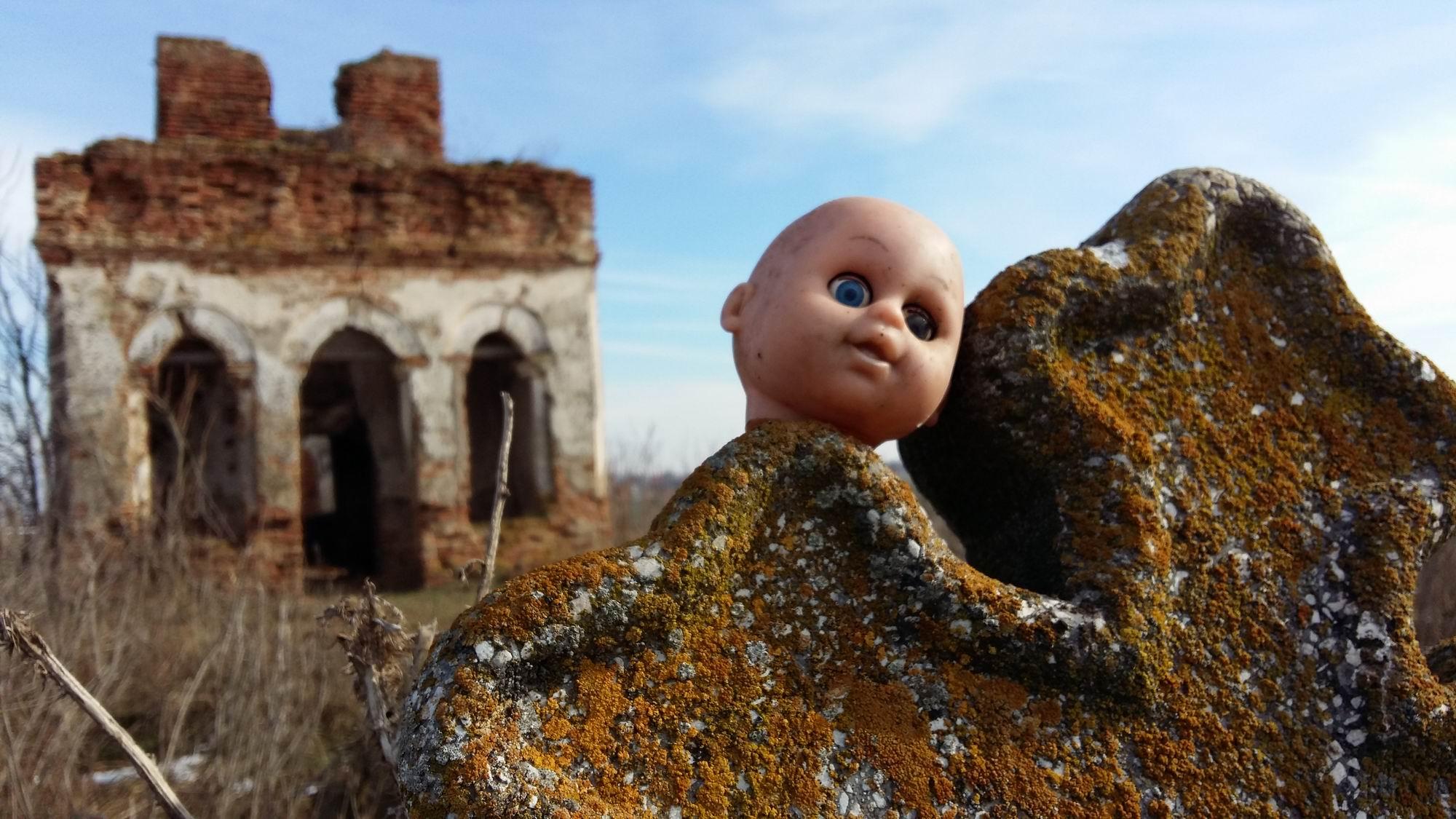 biserica ruina pitigaiaLM 002