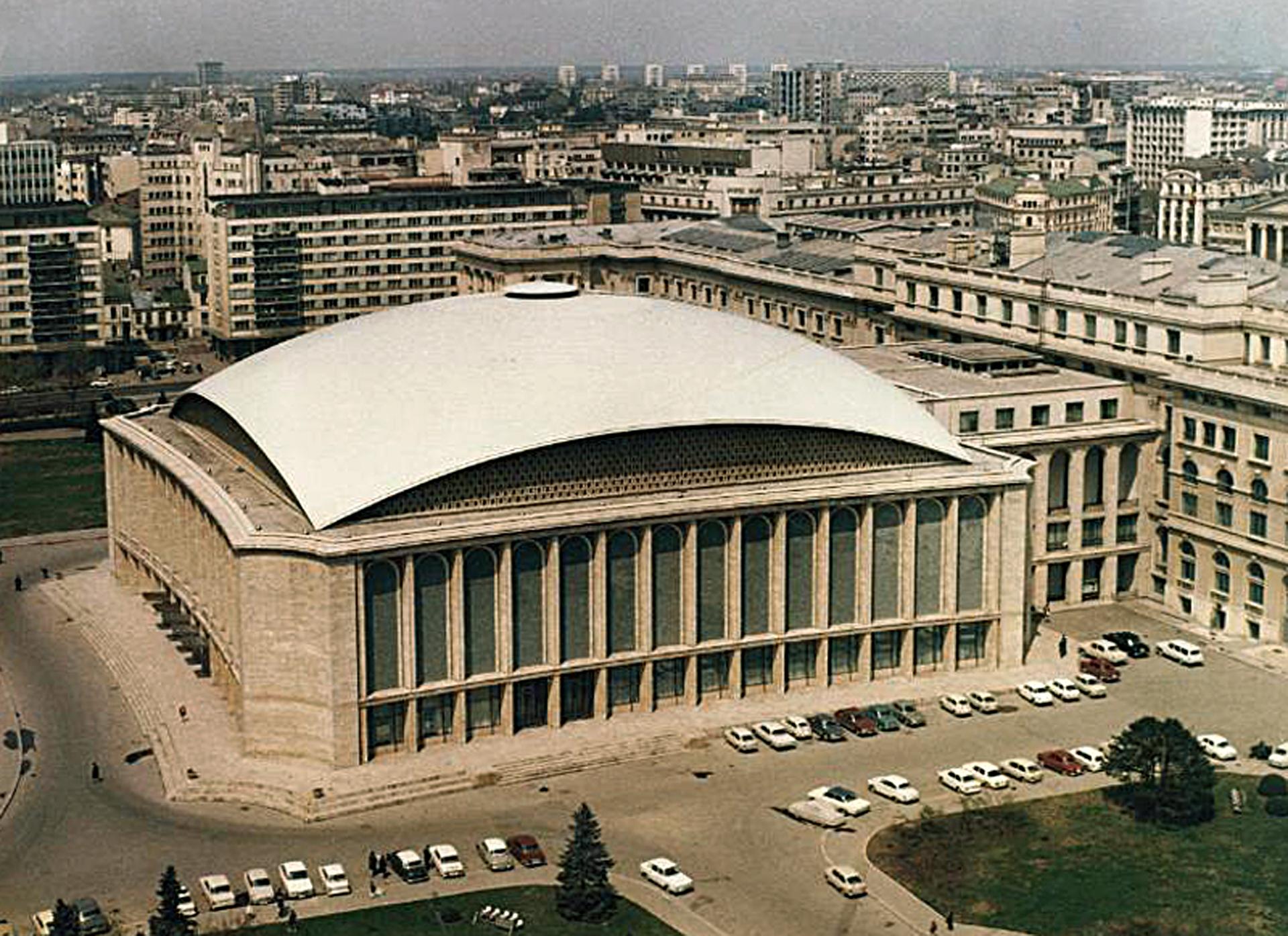 Sala Palatului. Arhitecți H. Maicu, T.Ricci, I.Serban, R.  Belea