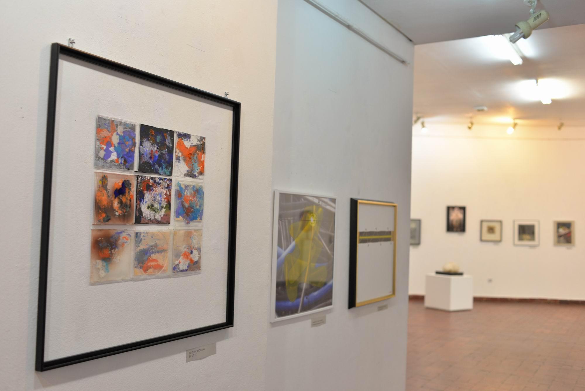 salonul mic bucuresti 2016 LM_0013