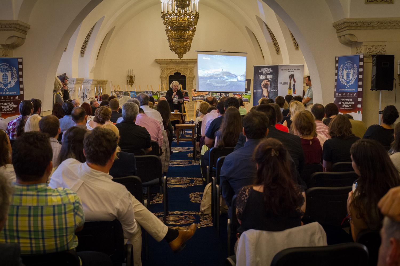 Conferinta-de-presa-FFIR-2016_Irina-Margareta-Nistor