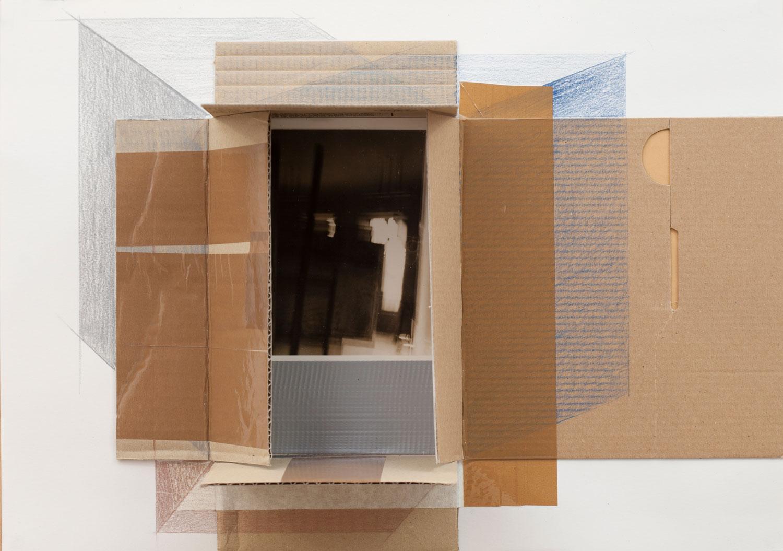 expozitie-Lateral-ArtSpace---credits-Aurora-Király---Viewfinder-#16_2015_creion-colorat-pe--hârtie-şi-fotografie_29,7x42cm