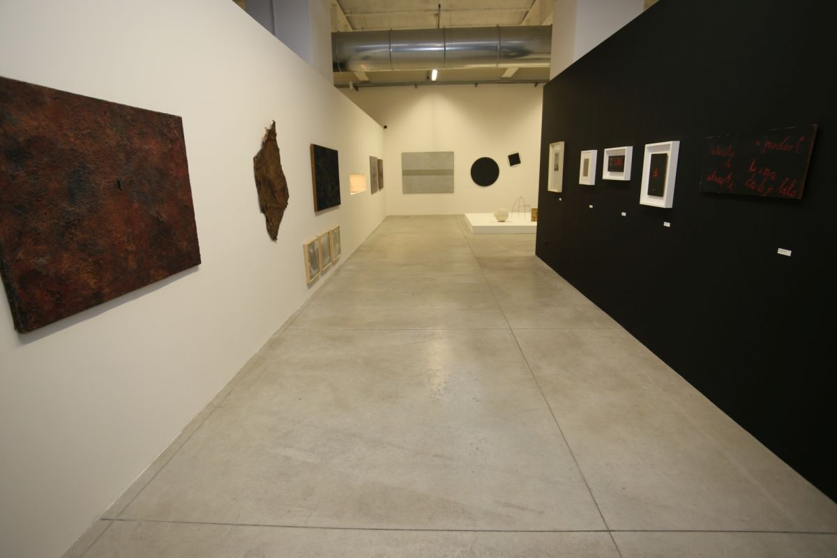 installation-view-non-aligned-modernity-exhibition-photos-courtesy-of-marinko-sudac-collection-archive-20