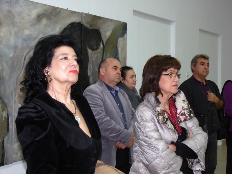 nadia-ioan-caderea-muzeul-national-al-taranului-roman-14