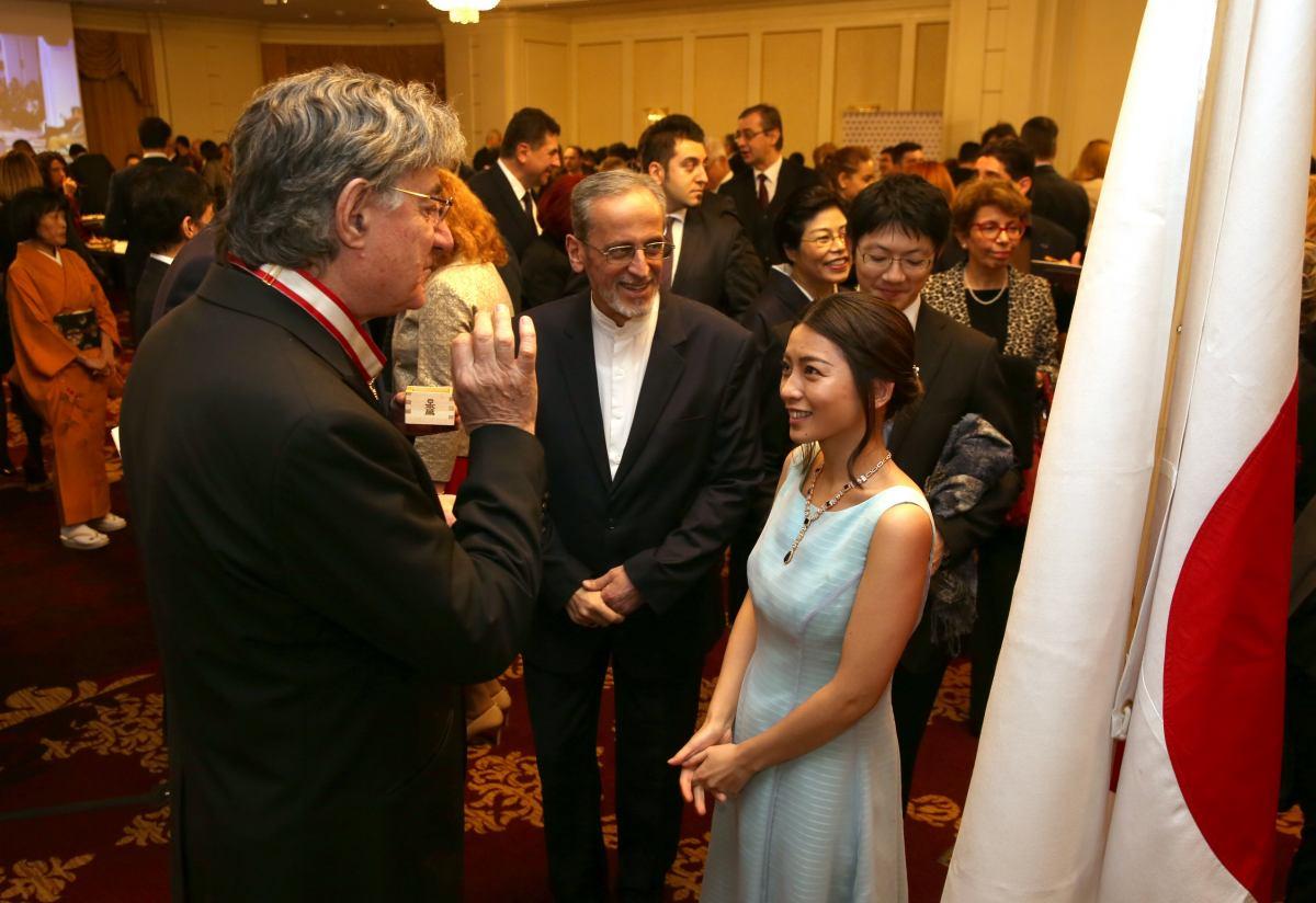 Fotografie de la recepția organizata de Ambasada Japoniei cu ocazia Zilei Naționale ; autor: Florin Ghioca/TNB