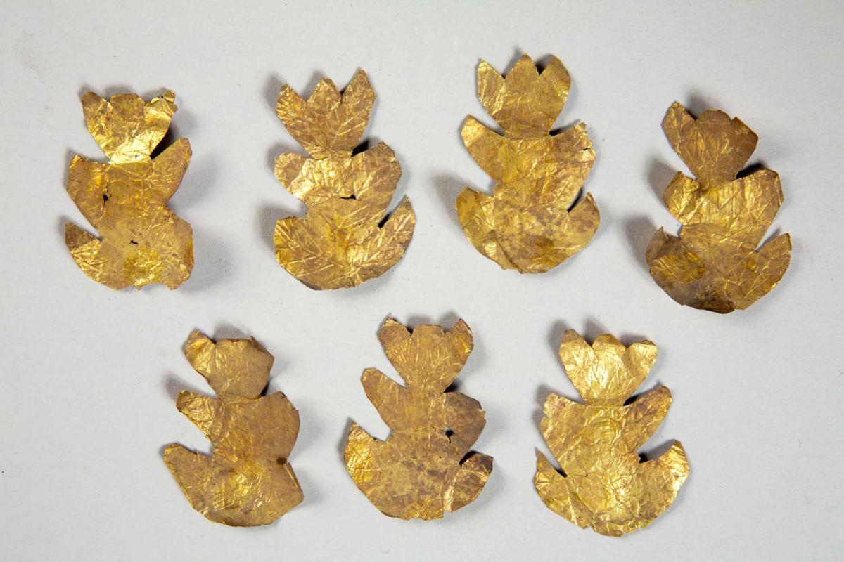 Șapte frunze de stejar dintr-o cunună, Reșca-sec. II-IIIp.Chr.-MNIR